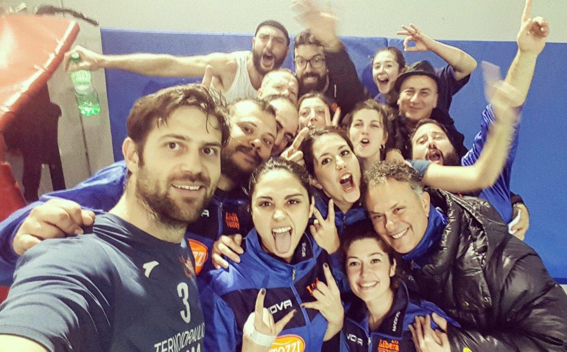 """5^ Giornata del Torneo """"TIRRENO"""": Battuto lo """"SDIL"""" di Manziana per 3 a 2. Vittoria con recupero della Libera Volley"""